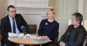 Spaudos konferencija: dr. M. Kvietkauskas, dr. M. Drėmaitė, J. Steponaitienė. © V. Jadzgevičius